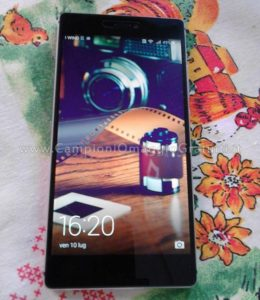 Smartphone Huawei P8 da Testare