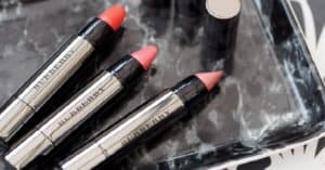 Prova-gratis-il-rossetto-Burberry-Full-Kisses