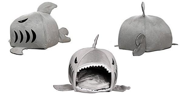 Vinci-una-cuccia-a-forma-di-squalo-per-gatti-o-cani