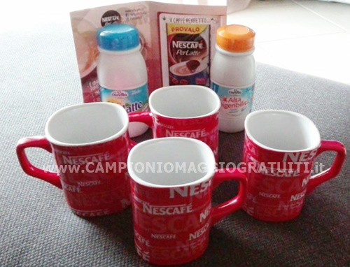 kit-mug-Nescafé-Vintage-Collection-in-omaggio